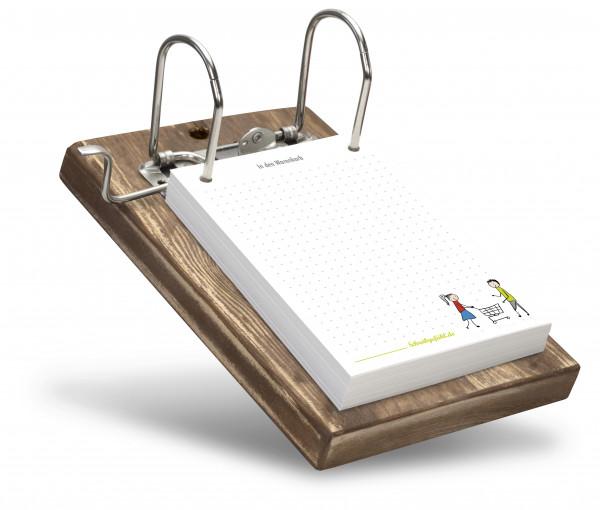 Die Holzfarbe dieses Merkzettelhalters kann aus mehreren Brettfarben frei gewählt werden.