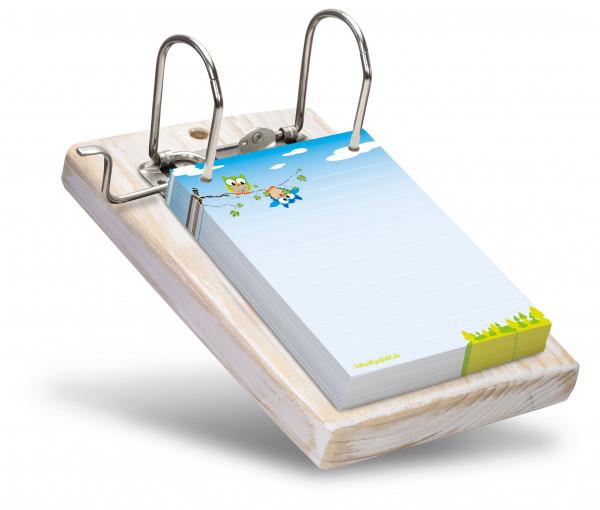 Die Farbe des Holzbrettes kann ganz frei ausgesucht werden.