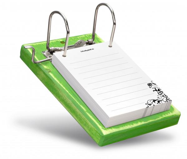 Die Linien sind eine nützliche HIlfe zum geraden Schreiben.