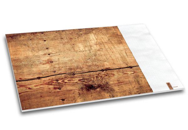 """Die rustikale Holz-Optik der Schreibtischunterlage """"Holzmichl"""" ist wie gemacht für alle Naturburschen."""